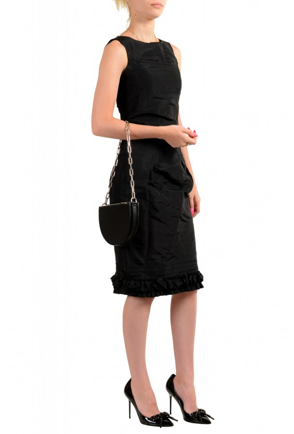 Burberry Women's Black Textured Leather Clutch Shoulder Bag: Picture 8