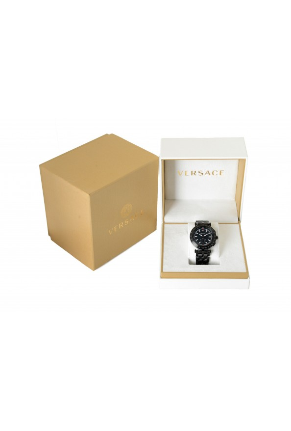 Versace Men's Round Stainless Steel Black Dial Watch: Picture 6