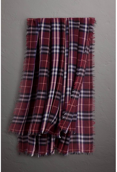 Burberry London Unisex Multi-Color Plaid Wool Shawl Scarf: Picture 2